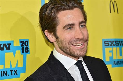Jake Gyllenhaal Blasts Donald Trump: 'I Want A Leader Who ...
