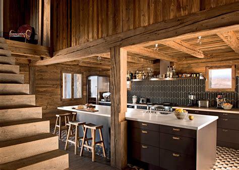 cuisine chalet une cuisine en bois pour une ambiance chalet de montagne