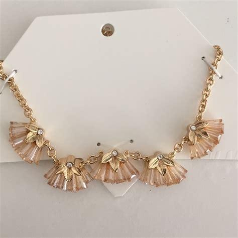 H&m  Pretty H&m Necklace From Karizma's Closet On Poshmark
