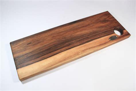 grande planche a decouper en bois planche 224 d 233 couper artisanale en noyer marna