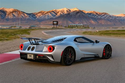 2017 Ford Gt First Drive Review The Right Stuff