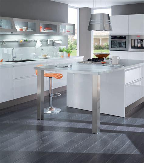 nettoyer la cuisine nettoyer une hotte de cuisine en bois mzaol com