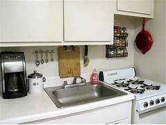 Dealing With Built In Kitchens For Small Spaces Kitchen Space Saving Kitchen Design Ideas Space Saving Ideas Small Car