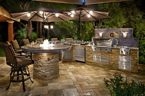 Outdoor Kitchens : How To Design Your Perfect Outdoor Kitchen
