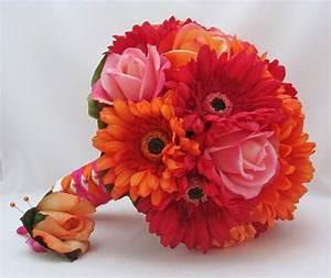 Beautiful Bridal: Gerbera Daisy Wedding Bouquets