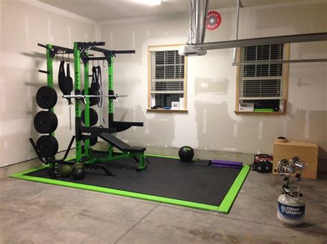 carolina fitness equipment  full crossfit garage gym elite  rack bar bumpers
