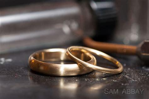 melt alloy gold to make wedding rings