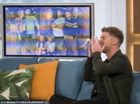 Hollyoaks star Kieron Richardson runs off This Morning set ...