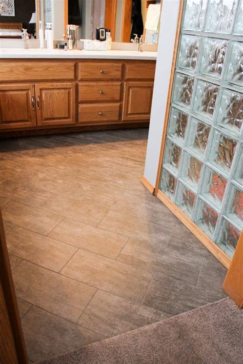 Armstrong Laminate Bathroom Flooring by Master Bathroom Flooring Armstrong Vinyl Tile Alterna 8