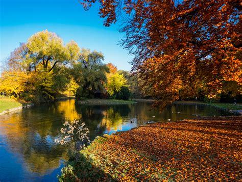Garten Auch Im Herbst by Englischer Garten Im Herbst Portraitiert De
