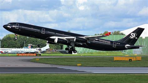 fonds decran avions avion de ligne airbus   noir vol decollage lateralement aviation
