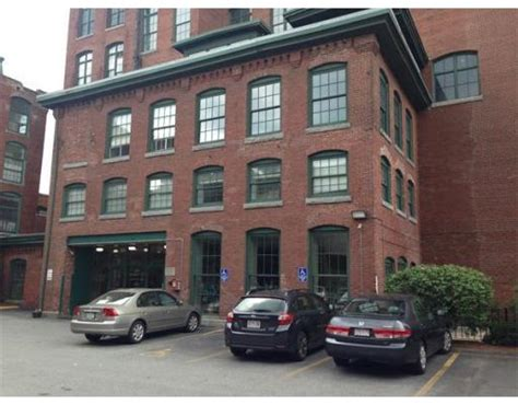 garage bay for rent lowell ma 200 market st unit 505 lowell ma 01852 loft for rent