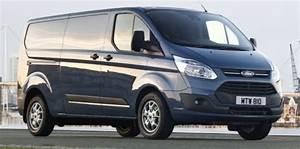 Nouveau Ford Custom : ford transit il n 39 y a que la couleur qui ne change pas challenges ~ Medecine-chirurgie-esthetiques.com Avis de Voitures