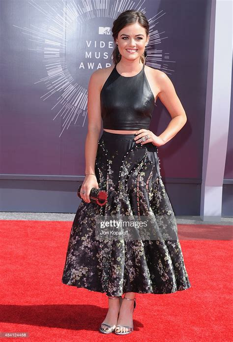 Actress Lucy Hale arrives at the 2014 MTV Video Music ...