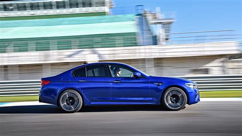 Review Bmw M5 by Bmw M5 2018 Review By Car Magazine