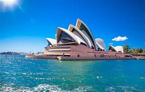 Boomerang Tours launches 2018/2019 Downunder brochure with ...