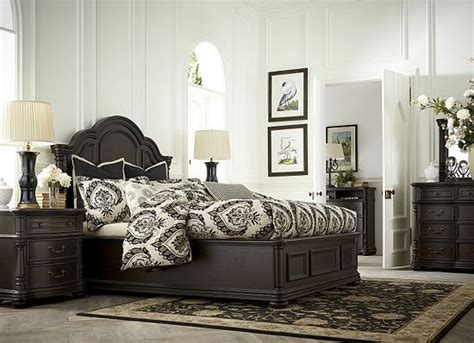 King Bedroom Sets Havertys by Sweet Dreams In This Luxurious Blackandwhite