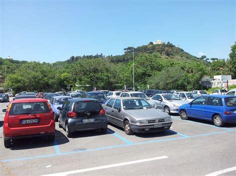 norme si鑒e auto parcheggi stretti scatta il reato di violenza privata autotoday it