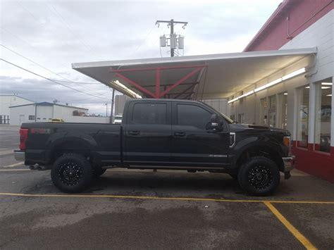 pics wheels  leveling kit ford truck