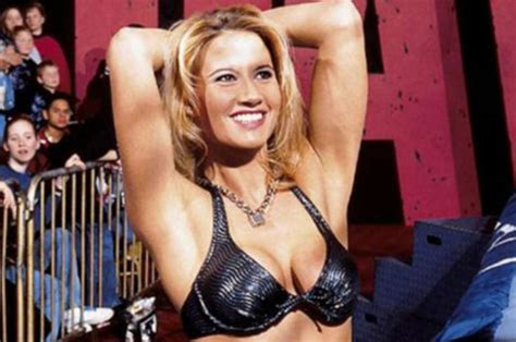 Wwe News Ex Diva Sunny Hits Out On Twitter At Trolls Over