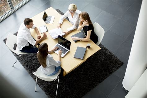 6 Team-Building Tips for the Collaborative Workplace ...