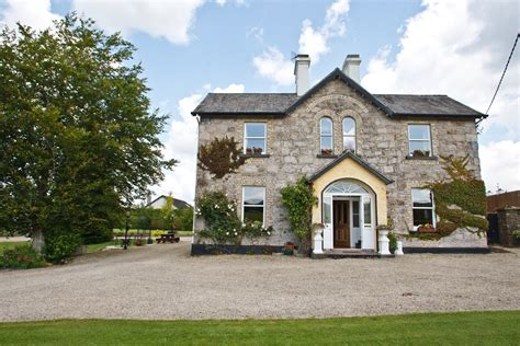 Country House : Irish Farmhouse Holidays