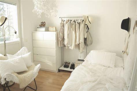 White Bedrooms  Apartments I Like Blog