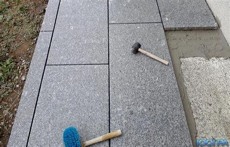 pose de carrelage exterieur sur dalle beton poser du carrelage sur une terrasse dalle