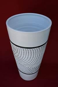 Bodenvase Weiß 70 Cm : bodenvase pflanzk bel pflanzgef dekovase stabil keramik 70 cm gro weiss neu ebay ~ Frokenaadalensverden.com Haus und Dekorationen