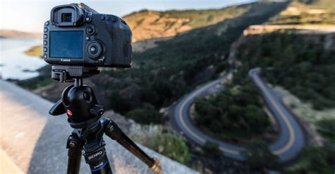 top 5 best tripods for vlogging in 2019 complete guide