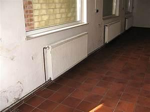 Feuchtigkeit Im Haus : feuchtigkeit wand in schleswig holstein nbg ~ Lizthompson.info Haus und Dekorationen