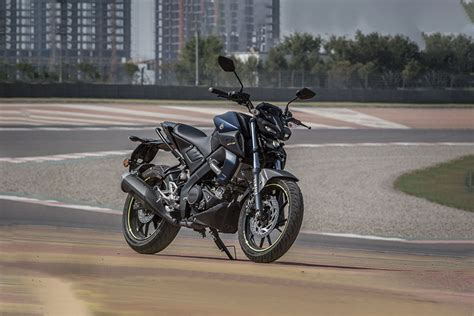 Yamaha Mt 15 Wallpapers by Yamaha Mt 15 Price Mileage Images Colours Specs Reviews