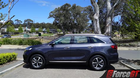 kia sorento sport  review worth  step
