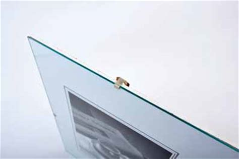 photo donne 2 cadres sous verre ikea format a4