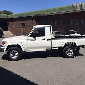 Price Toyota Land Cruiser 79 Pick up  Toyota Africa export  1381