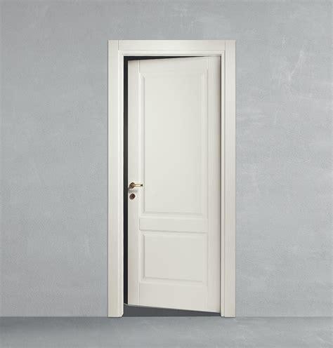 porta a battente porta a battente in legno classica da calestani a parma