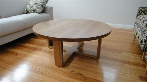 Remarkable Round Oak Coffee Table