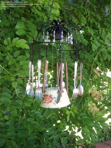 garden art  junk trash  treasure curvesarein
