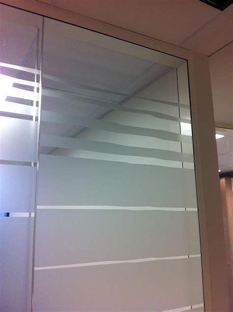 protection bureau verre adhésif effet verre sablé adheglass teinter