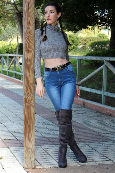 Top Ways to Wear High Waist Jeans with Crop Top u2013 Designers Outfits Collection