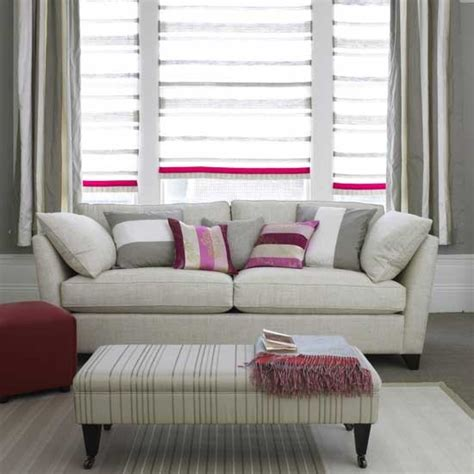 Grau Rosa Zimmer by Grey And Pink Striped Living Room Living Room Furniture