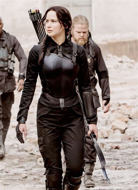 Badass Mockingjay Warrior Fashion - The Coolest Outfits from u0026#39;The Hunger Gamesu0026#39; - Livingly