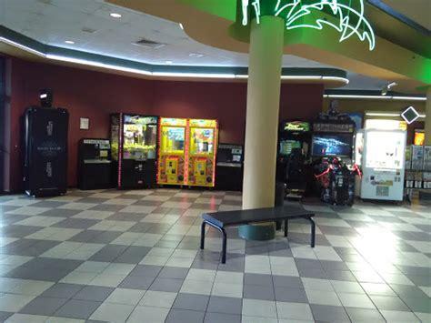 theater regal cinemas hollywood  port richey