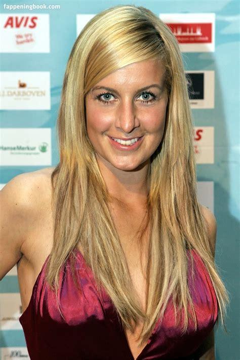 Charlotte Engelhardt  nackt