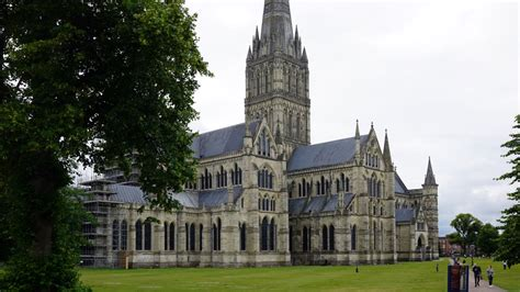 The Architecture Of Salisbury Cathedral