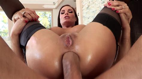 After Her Bubble But Is Oiled Up A Babe Gets Analed Movie