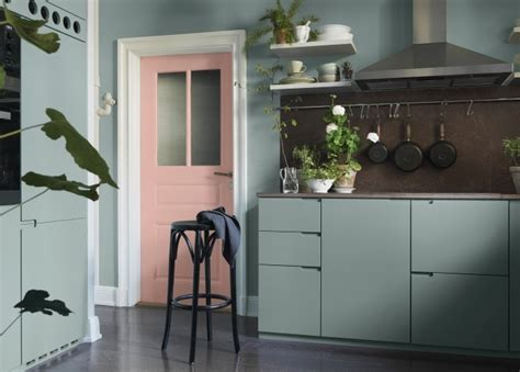 Dusty Pink And Mint Green In The Kitchen