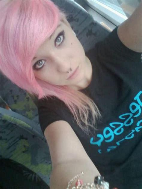 cute emo girls  pics izismilecom