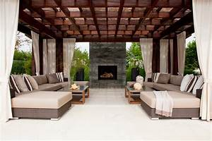 Luxurious Outdoor Oasis
