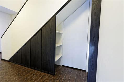 Einbauschrank Unter Der Treppe by Einbauschr 228 Nke F 252 R Den Raum Unterhalb Der Treppe